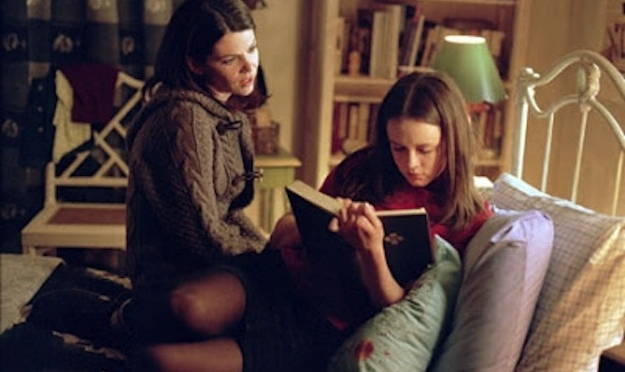 Gilmore Girls, copyright Warner Bros., Rory Gilmore, Lorelai Gilmore, books, reading, challenge, TV,