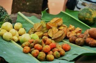 Fruit offered by a street vendor in Accra, Ghana. Photo: Cornelia Kaufmann