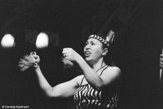 Poi dance. Copyright Cornelia Kaufmann