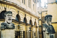 Busts outside the Sheldonian Theatre. Copyright Cornelia Kaufmann