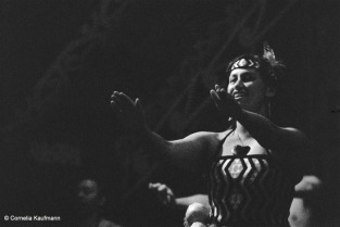 Women's dance. Copyright Cornelia Kaufmann