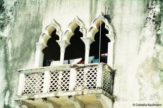 Balcony in Stone Town. Copyright Cornelia Kaufmann