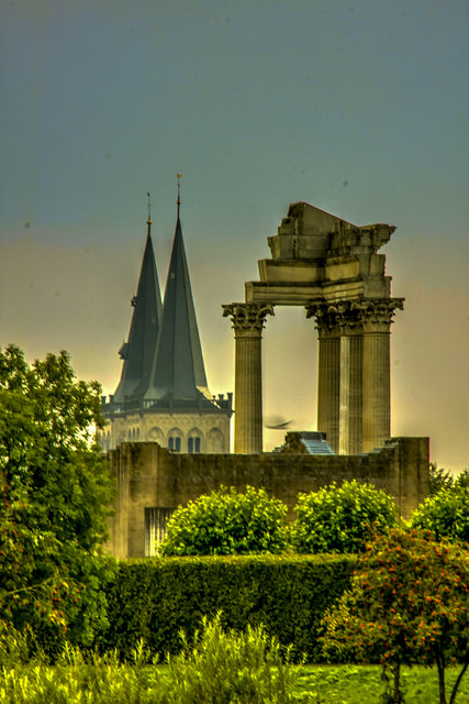 The Cathedral and Temple of Xanten. Photo by Reinhard H / flickr