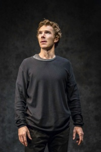 Benedict Cumberbatch as Hamlet. Copyright by Johan Persson.
