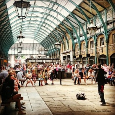Performer at Covent Garden © Cornelia Kaufmann