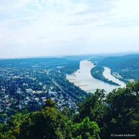 The river Rhein, Bad Honnef, and the Siebengebirge (Seven Hills) seen from the summit of the Drachenfels. © Cornelia Kaufmann