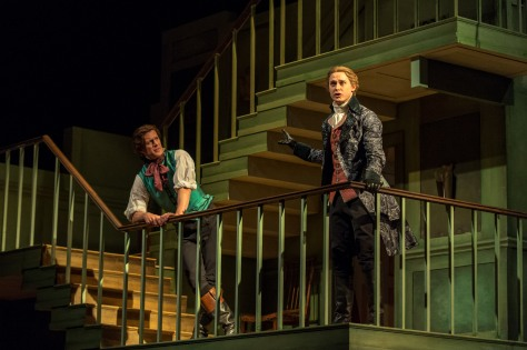 The beaux: Geoffrey Streatfeild as Archer and Samuel Barnett as Aimwell. ©Manuel Harlan