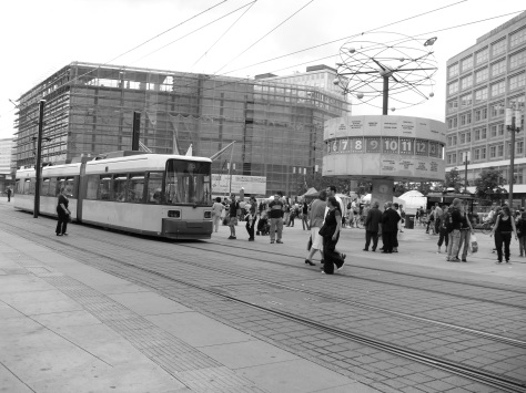 Berlin Alexanderplatz with the Weltzeituhr ©Cornelia Kaufmann